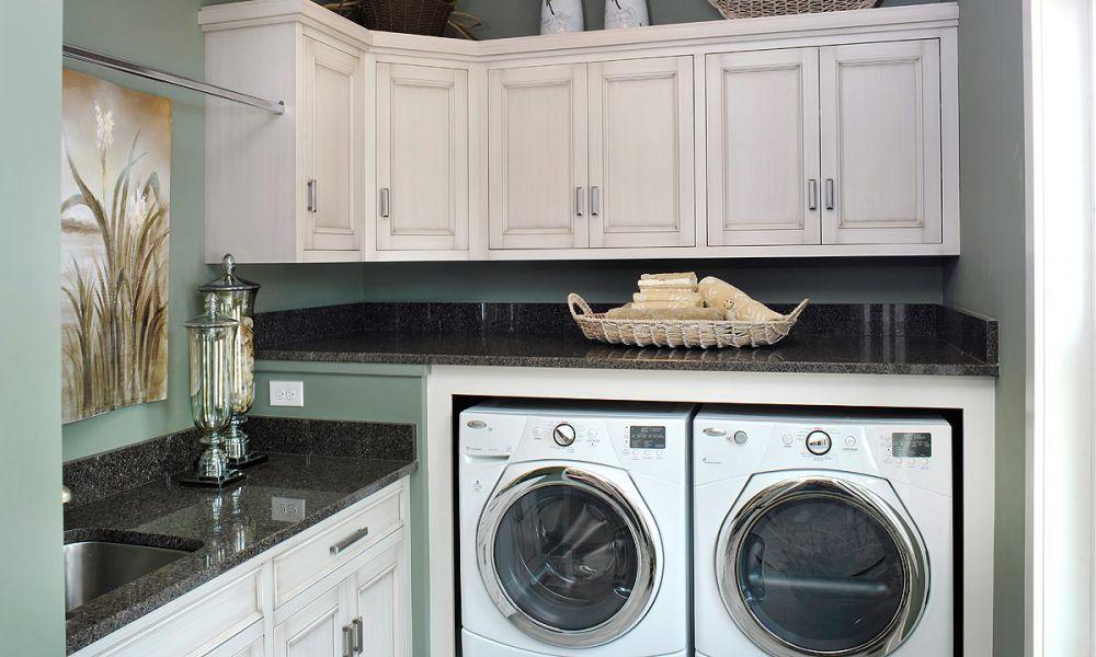 mullet cabinet efficient use of space. Black Bedroom Furniture Sets. Home Design Ideas