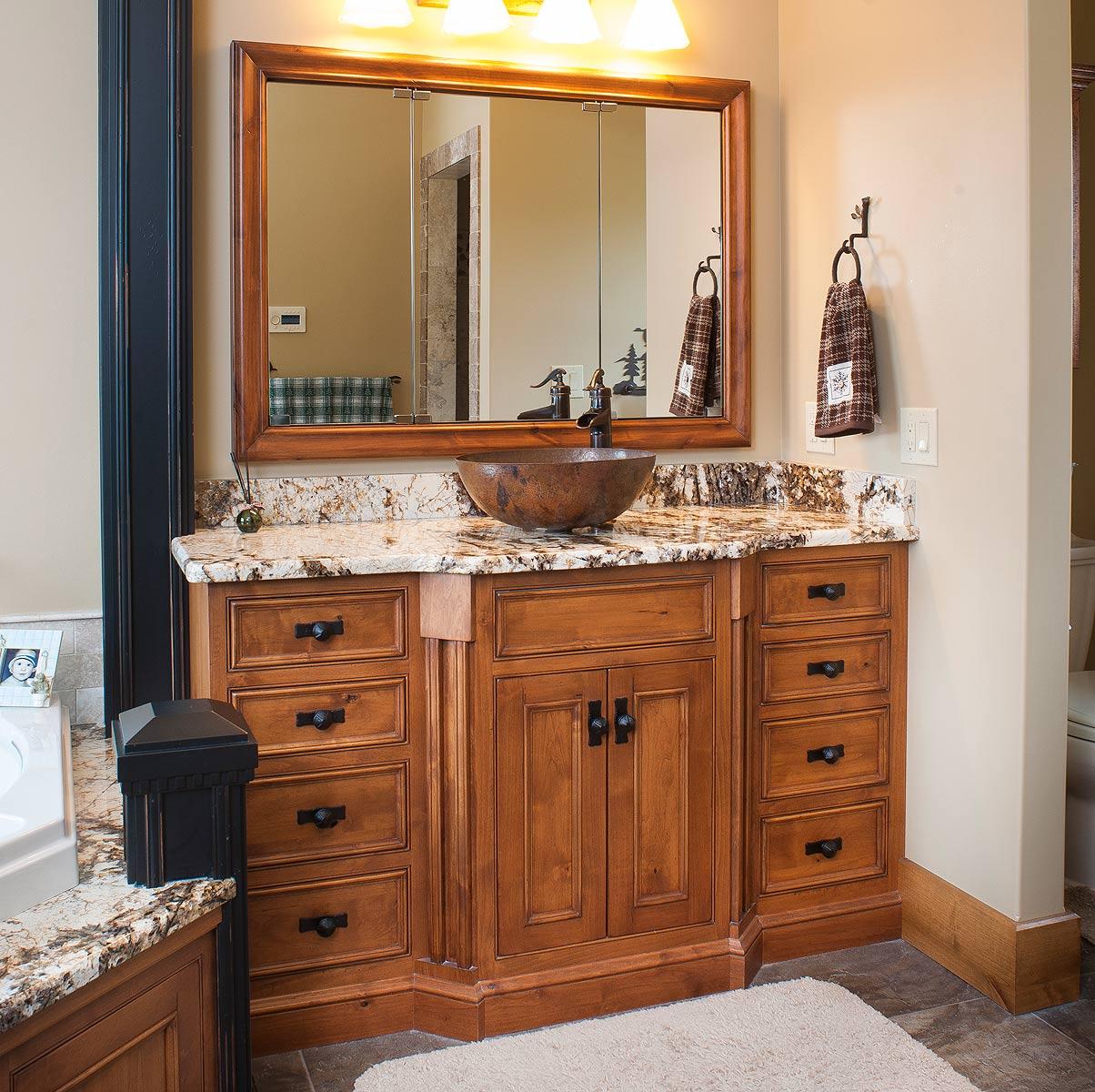 Knotty Alder Wood Cabinets: Knotty Alder Master Bath
