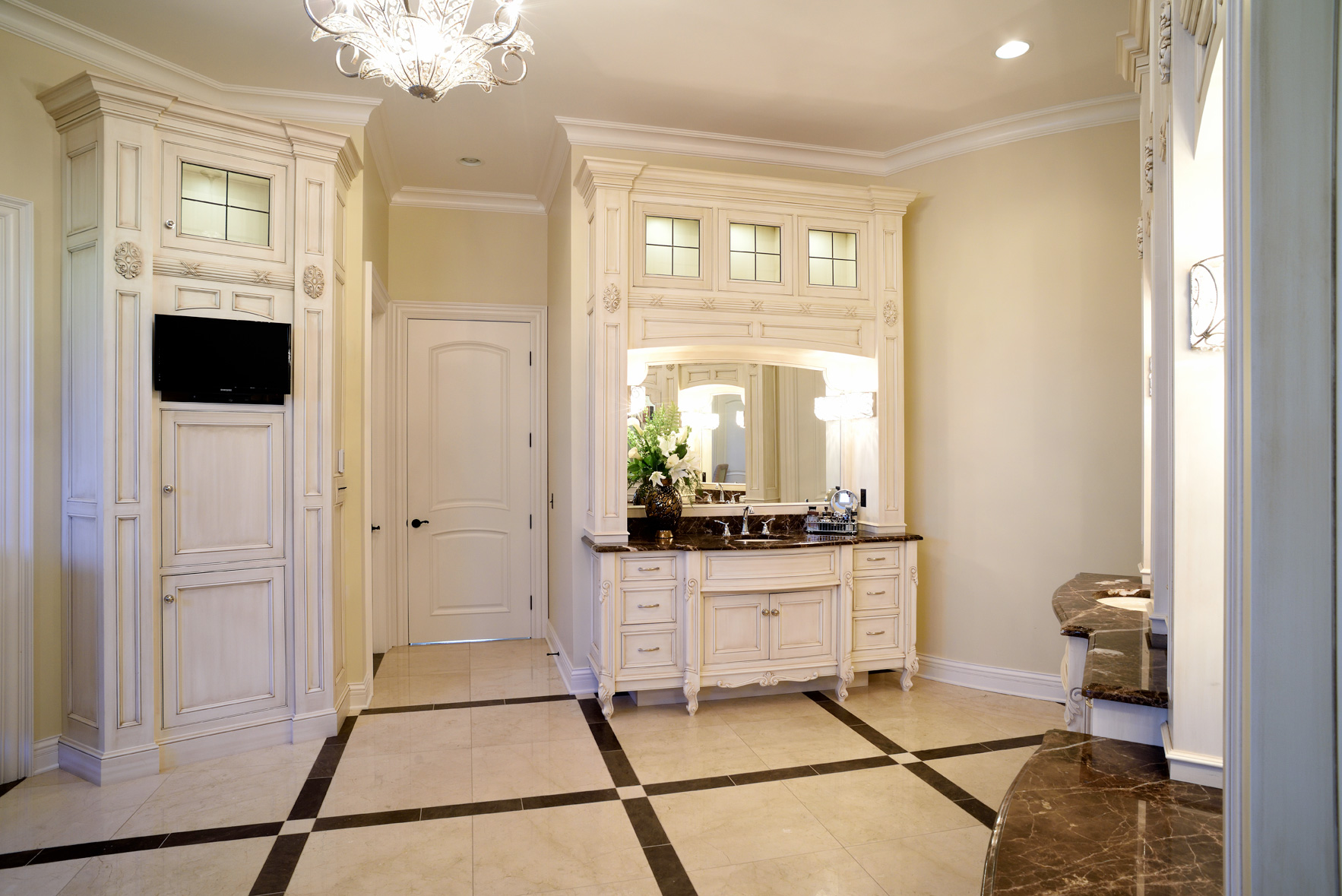 Mullet Cabinet Opulent Ensuite Master Bath