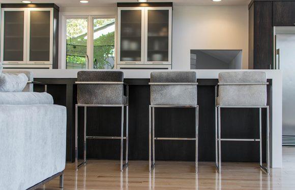 Sleek & Simple Modern Kitchen-2