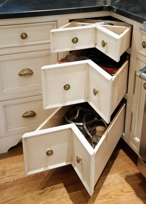 VanTyneCornerDrawers