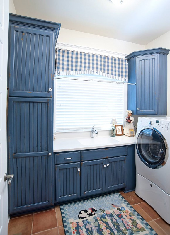 Mullet Cabinet Country Blue Laundry Room