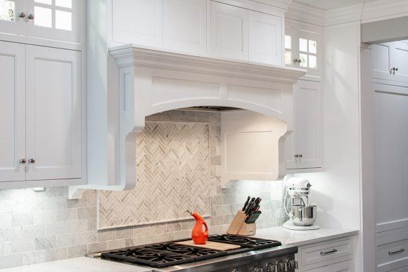 White_Kitchen_Range_Hood_1