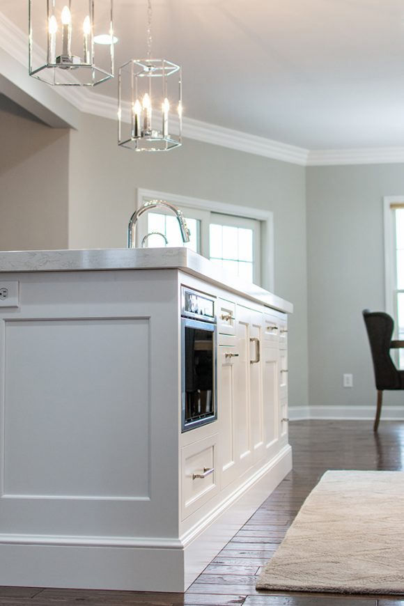 White_Painted_Kitchen_Island